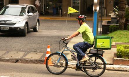 A refeição em domicílio chega agora de bicicleta