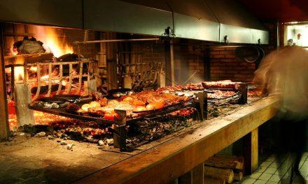 Carvão e lenha 100% argentinos. Muita fumaça por nada?
