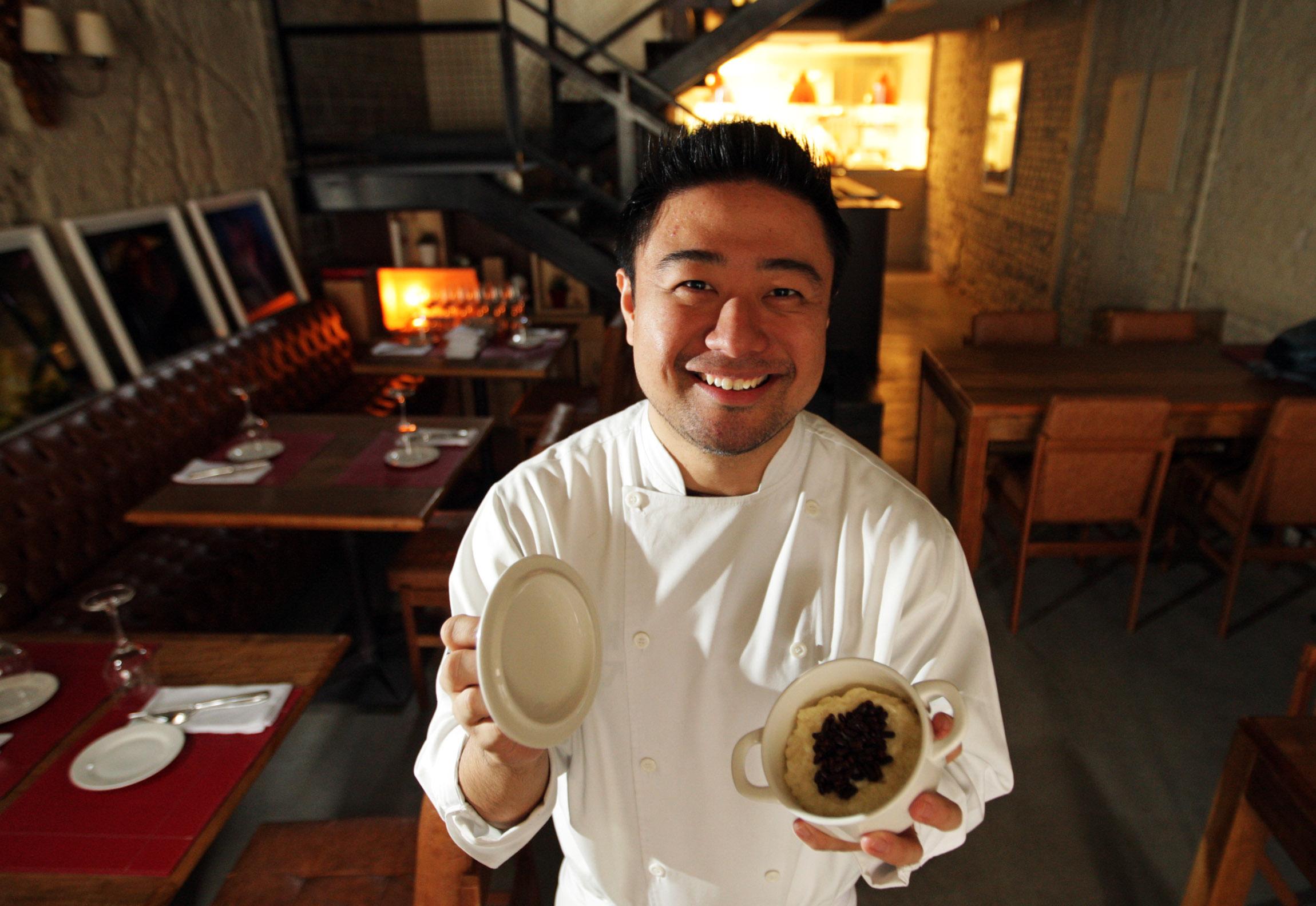 Fotos internas do restaurante MIYA , da sobremesa arroz doce re do chef Falvio Miyamura .