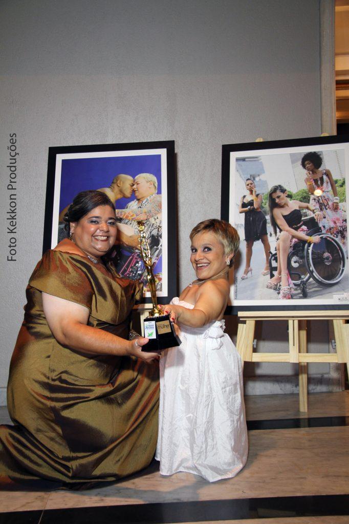 Kica de Castro e Priscila Menucci em homenagem no dia internacional da mulher 2013
