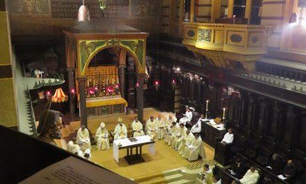 Mosteiro de São Bento oferece curso gratuito de Canto Gregoriano às quartas-feiras