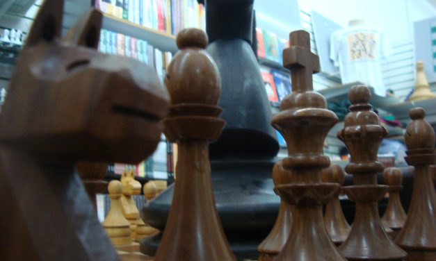 Como Edy Sakita fez do xadrez sua profissão