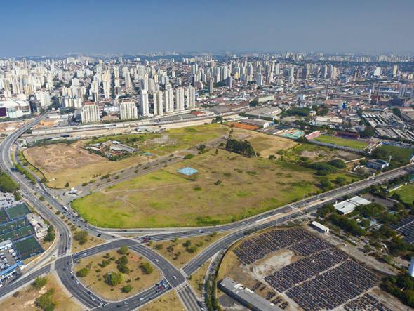 "O terreno onde está sendo construído o bairro ""Jardim das Perdizes"""