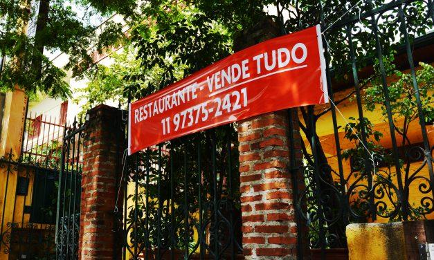 Pizzaria Bendita Hora encerra as atividades e coloca tudo à venda